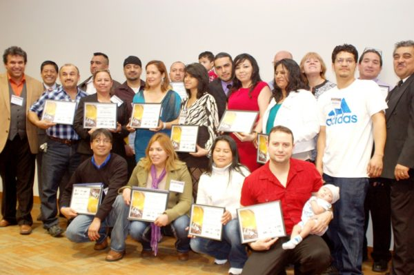 "Graduados  de ""Construction Program Bilingual Latino Academy"""