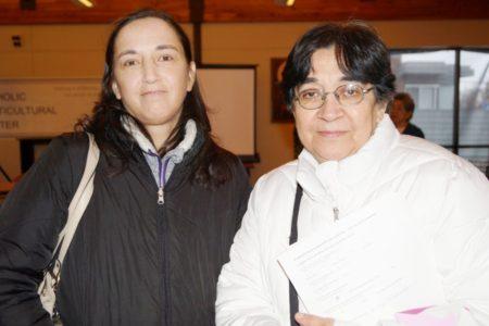 Carina y Antonia Benítez.