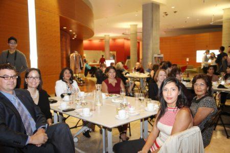 Abogada Glorily López y familia. La familia Ruth Torres y sus hijas.