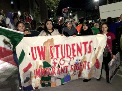 """""""Estudiantes de UW por los Derechos Inmigrantes"""""""