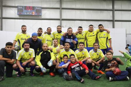 """""""Sahuayo"""", Coach Jesús Segura, equipo con tradición y con """"Porra"""" brava."""