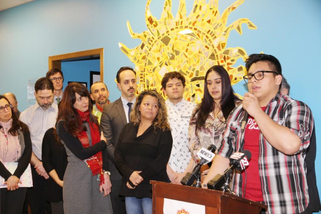 Dreamers  reciben apoyo local  total y ahora tienen en mira a  legisladores
