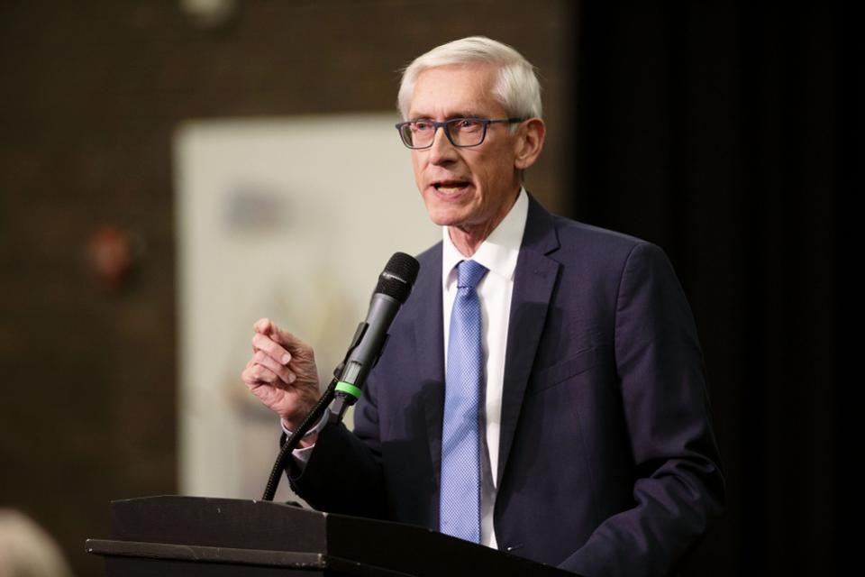 Gobernador Tony Evers