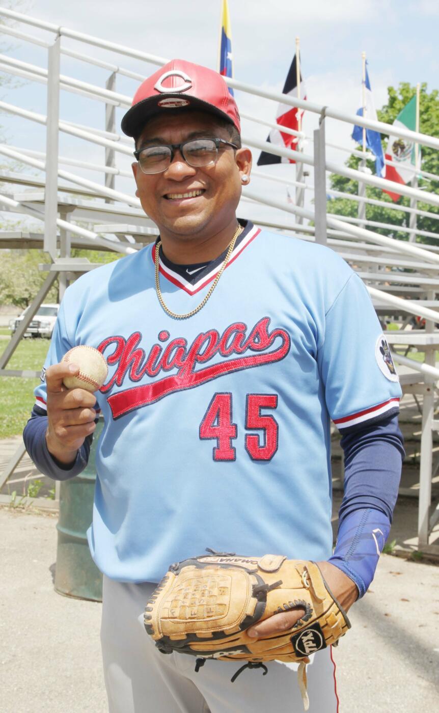 Se inauguró el campeonato de beisbol Latino en Madison