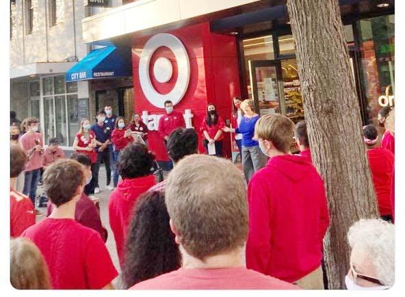 Target abre al público su nueva tienda en el centro de Madison